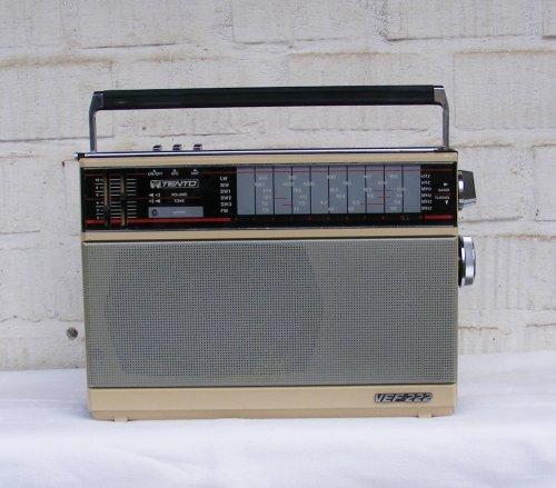 VEF 222 rádió