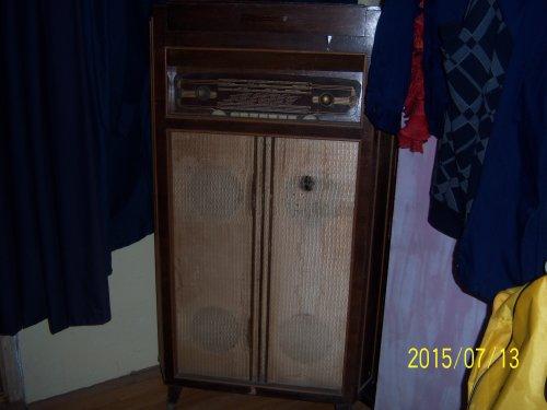Sarok zeneszekrény