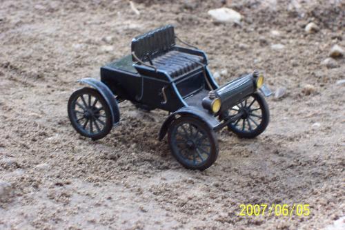 Autó modellek 1890-1970 között ( Duryea Motor Wagon 1896 )