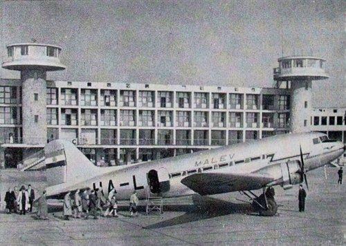 Ferihegy Malév LI-2 repülőgép