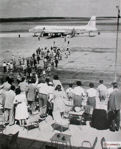Ferihegy Malév IL-18 repülőgép
