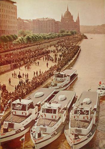 Dunapart hajókkal