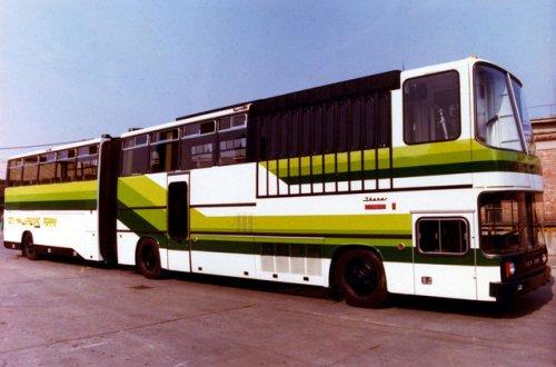 Ikarus reptéri busz koncepció