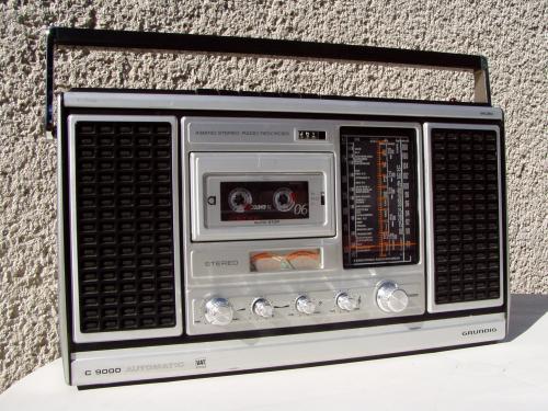 Grundig C9000