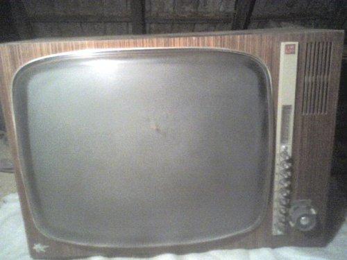 Videoton Sztár televízió TH 672