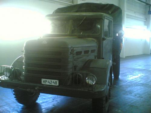 Csepel D-352 katonai teherautó