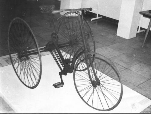Ős bringa.