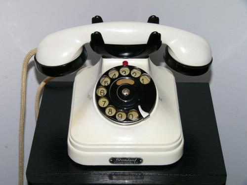 "CB 35-ös telefon ""tarka"""
