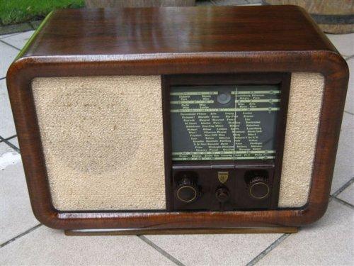 RADIONE 452U  csöves rádió /Radio Nikolaus Eltz-A/