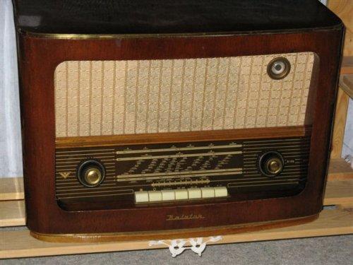 VT R656 Balaton csöves rádió