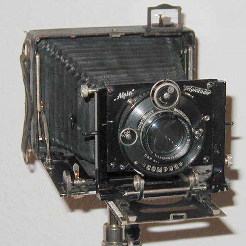 Voigtländer Alpin síkfilmes fényképezőgép