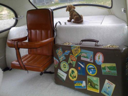 Bőröndcímkék