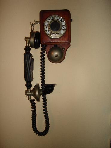 Fali telefon