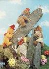 Játékmackók sziklát másznak