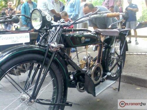 Régi motorkerékpár