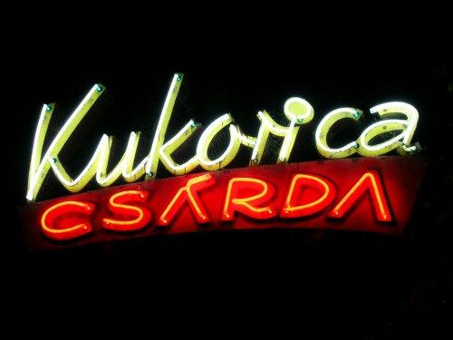 Balatonföldvár Kukorica Csárda neon