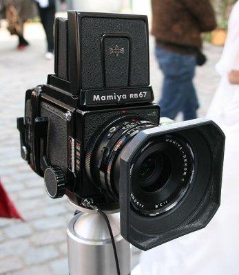 520px-Mamiya_RB67.jpg